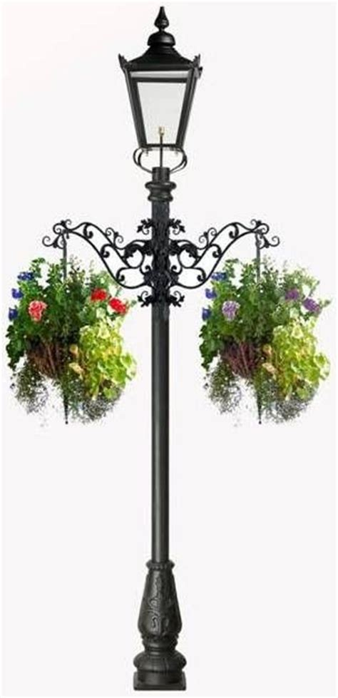 Outdoor Patio Plant Stands by Lamp Post With Planters I So Want This Decorating