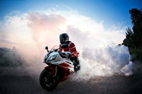 Yamaha R6 4k Wallpapers by Yamaha R6 Smoke Hd Bikes 4k Wallpapers Images