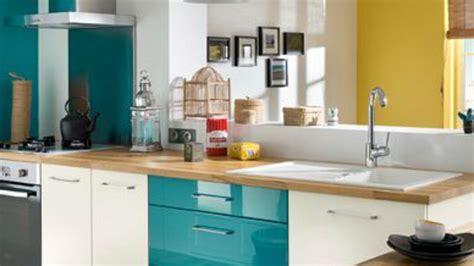 cuisine bleue et blanche facade cuisine bleu