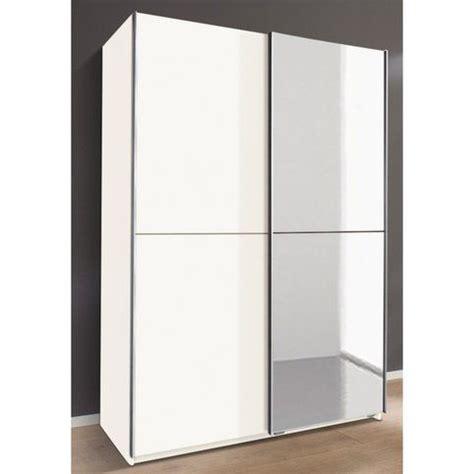 armoire de chambre porte coulissante 1000 idées à propos de armoire porte coulissante miroir