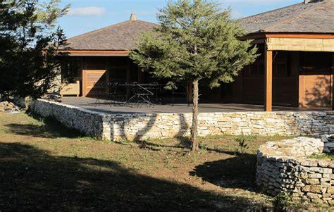 maison en bois en corse bois maison en ossature bois corse du sud les de with maison en bois en
