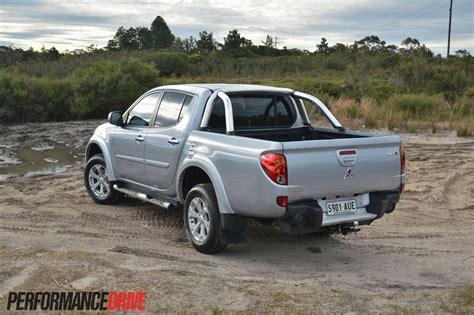 Mitsubishi Triton Photo by Mitsubishi Triton 2013 Review Edition Photo Specs