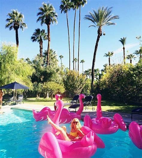 Flamingo Pool Float     pool party     Flamingo pool