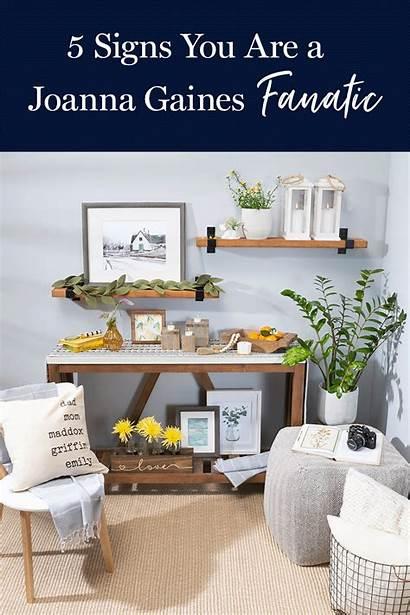 Joanna Gaines Signs Fanatic Jane Fixer Upper