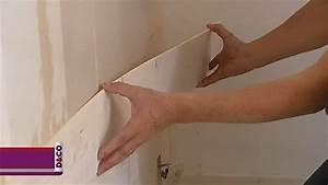 poser un revetement mural en bois massif minutefacilecom With carrelage adhesif salle de bain avec panneau led plafond