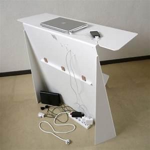 Range Cable Bureau : console bureau d 39 appoint en acier zeta studio manzano ~ Teatrodelosmanantiales.com Idées de Décoration