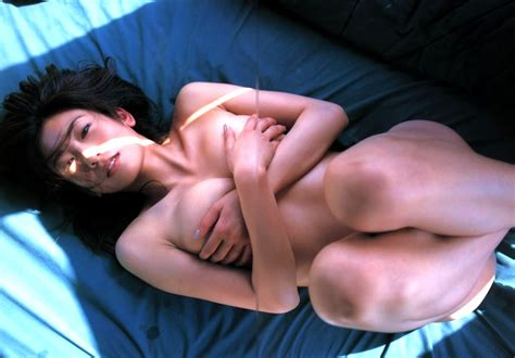 【ヌード】中島史恵の美乳ヌードでポロピン!