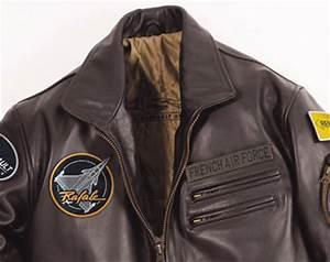 Blouson Cuir Aviateur Homme : blouson en cuir pilote leader one dassault aviation marron ~ Dallasstarsshop.com Idées de Décoration