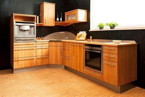 cuisine moderne marocaine bois cuisine moderne en bois hêtre urbantrott com