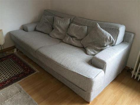Graue Couch  Garten Ideen Diy