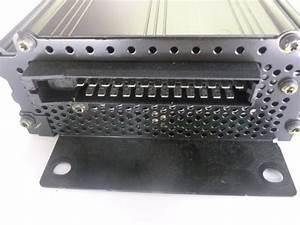 2000 Audi Tt Mk1    8n - Bose Amplifier Amp 8n8035223