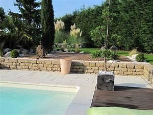 respecter les pentes autour du bassin piscines plages With attractive amenagement autour de la piscine 11 piscine en pente