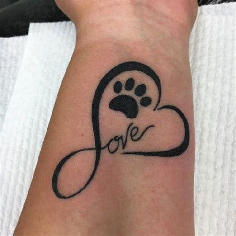 handgelenk herz die besten 25 hundepfote ideen auf tattoos hundepfote hundepfote
