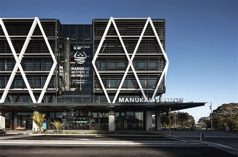 MIT Manukau & Transport Interchange / Warren and Mahoney