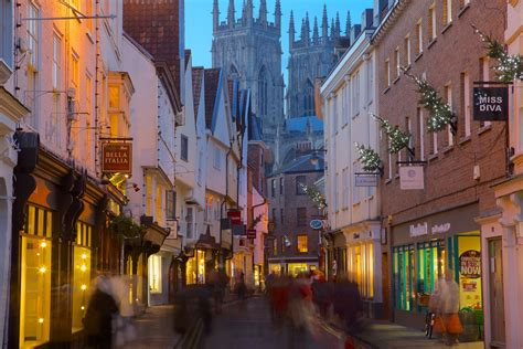 christmas markets and events in medieval york england