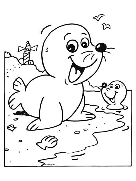 Kleurplaten Zeehonden by Kleurplaat Zeehonden Op Het Strand Kleurplaten Nl