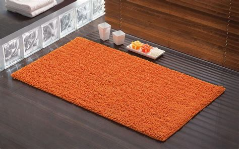 salle de bain tapis tapis de bain tuya orange 120x70 cm bainissimo