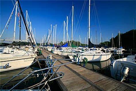 Fishing Boat Rental Guntersville Al by Lake Guntersville Marina Sailing Club Guntersville Alabama