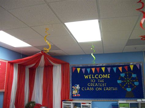 carnival classroom ideas  pinterest circus