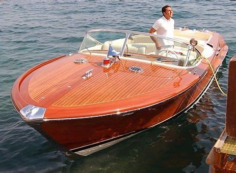 Riva Boats Wood by Best 25 Wooden Boats Ideas On Boats Chris