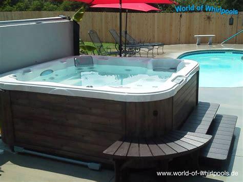 Whirlpool Garten Aus Polen by Freistehende Whirlpools Whirlpools Nrw F 252 R Den Garten