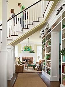 quel meuble sous escalier choisir archzinefr With meuble bar moderne design 8 quel meuble sous escalier choisir archzine fr