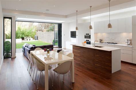 cuisine ilot centrale design maison design bahbe com