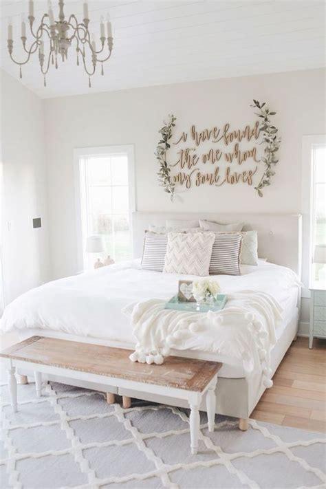 farmhouse wall decor ideas  bedroom ideaboz