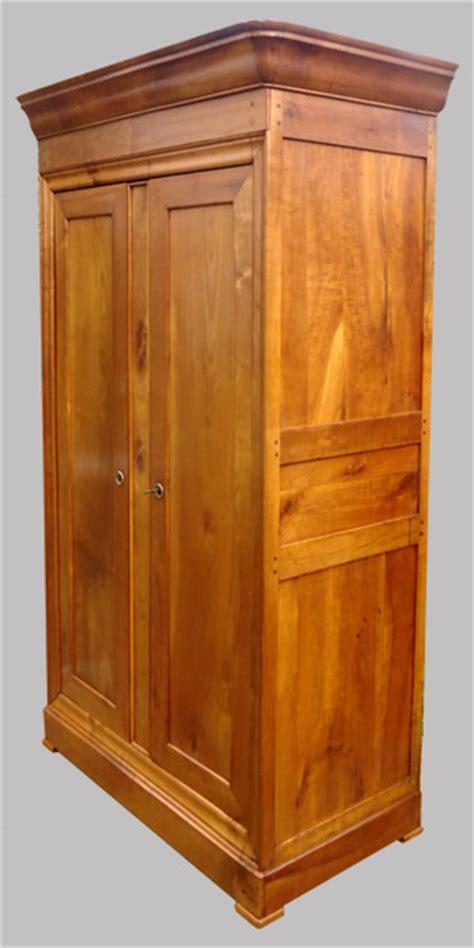 armoire ancienne en merisier de style louis philippe armoire penderie