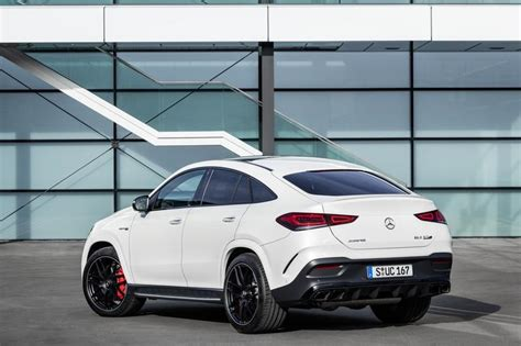 Check glc specs & features, 2 variants, 6 colours, images and read 21 57.36 lakh to 63.13 lakh in india. 2021 Mercedes-AMG GLE 63 4MATIC+ Coupé Photo Gallery and Specifications