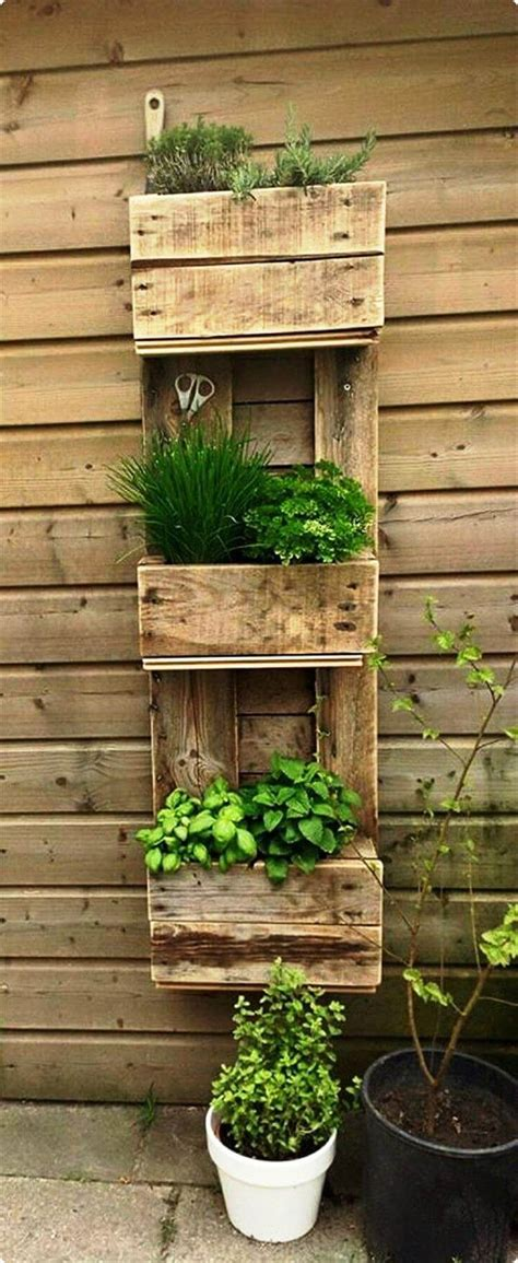 garden wall planter 20 recycled pallet ideas diy furniture projects 101