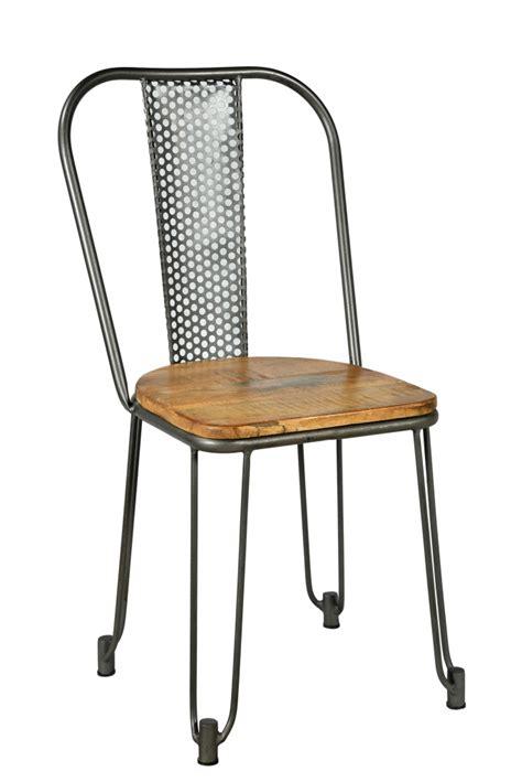 chaise en metal chaise industrielle ajourée batignolles en métal et bois