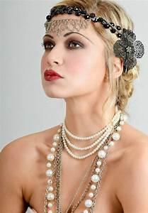 20er Jahre Outfit Damen : 20er jahre mode damen accessoires ketten schmuck stirnband blume 20er in 2019 pinterest ~ Frokenaadalensverden.com Haus und Dekorationen