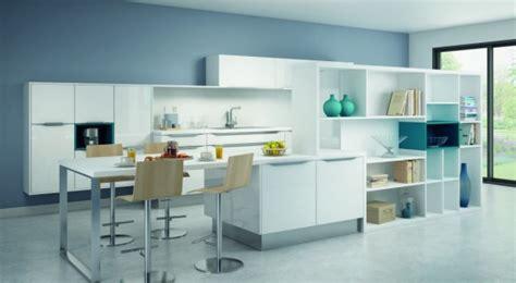 cuisine blanche et bleue cuisine blanche 10 modèles de cuisines lumineuses et