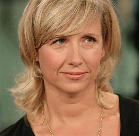 Andrea kiewel is currently single. Andrea Kiewel : Die Schwimmerin im Fernsehgarten - Bilder ...