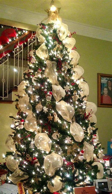 How To Wrap Ribbon Around Christmas Tree Fishwolfeboro