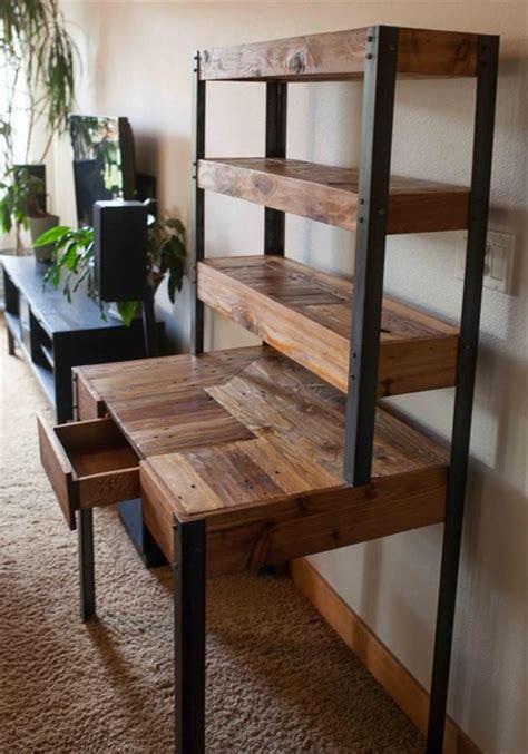 fabriquer un bureau en palette fabriquer bureau en palette maison design mochohome com