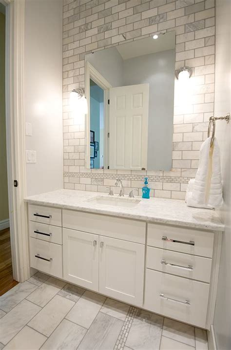oncloud8 blogspot com master bath looks like home depot