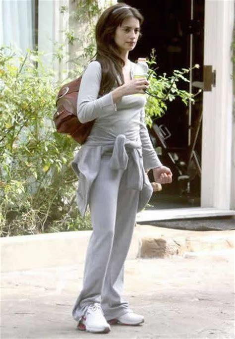cruz penelope fitness weight celebrity workout beauty penelope exercises diet tips overhead actress