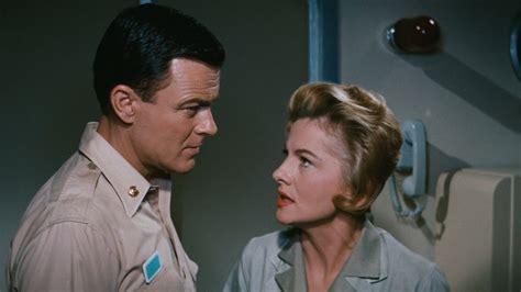 bottom voyage sea apocalypse film 1961 movies movie robert marin sous walter sterling senscritique adm nelson crane