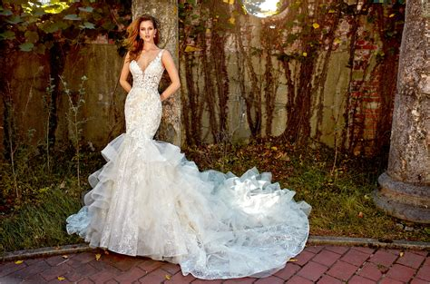 Beaded Lace Ruffled Skirt Fit And Flare With Sweetheart