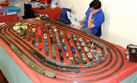 bachmann trains hornby train toy track ho scale sets gauge layouts plans layout lima long missile december battlespace lionel locomotives
