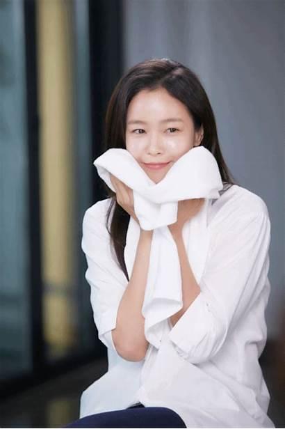 Soojin Behind Scene Commercial Kyung Shooting Kpopmap