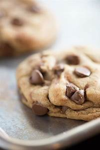 Perfect Chocolate Chip Cookies — Buns In My Oven