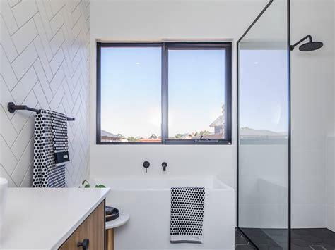 awning windows single glazed series melbourne sydney adelaide