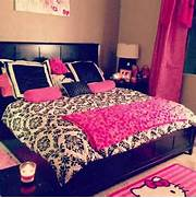 Dark Pink Bedroom White Room I Like This Comforter I Have A Feeling This Is What My Room