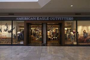 American Eagle Outfitters is weaning shoppers off of ...