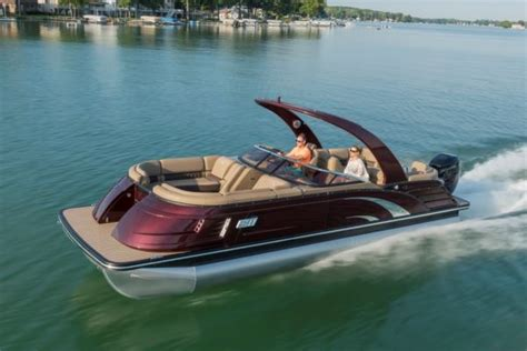 Miami Boat Show Manufacturers by Miami International Boat Show 52 Manufacturers Recognized