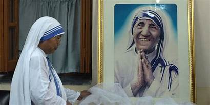 Teresa Mother Saint Madre Calcutta Catholic Become