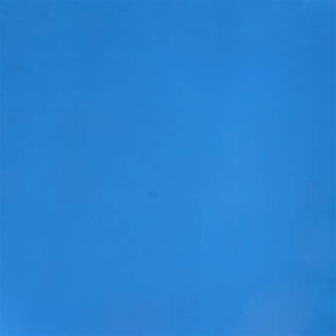 background kanvas polos biru